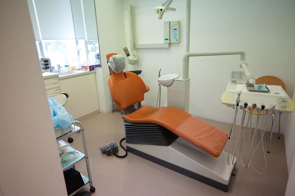 Poon and Phay Dental Surgeons Pte Ltd